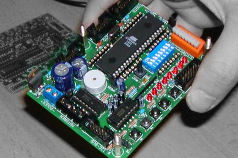 Universal AVR-Controllerboard RN-Control