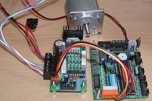 Schrittmotortreiber RN-Stepp297 am AVR Board RN-Control