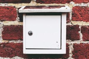 Automatischer Briefkasten